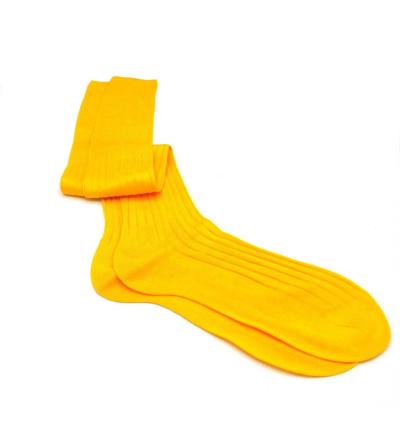 chaussettes-montantes-mi-bas-unies-jaune-colza-en-pur-fil-d'écosse-remaillées-à-la-main-pour-hommes
