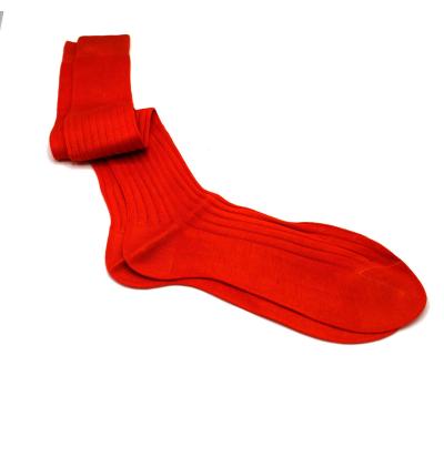 chaussettes-montantes-mi-bas-unies-orange-clémentine-en-pur-fil-d'écosse-remaillées-à-la-main-pour-homme