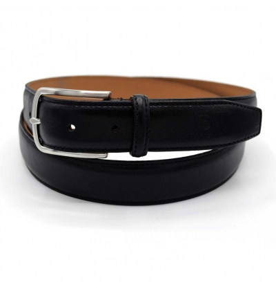 Full grain leather belt from vegetal tanning process