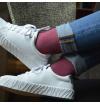 chaussettes-fantaisie-hommes-femmes-en-coton-rouges-à-motifs-chevrons-bleu-ciel-remaillées-à-la-main