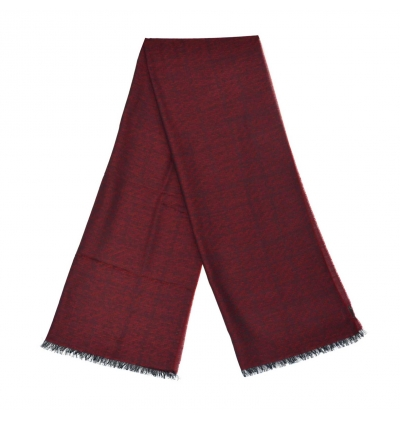 Burgundy whool scarf